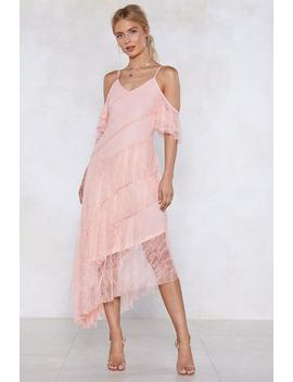 Let The Tiers Fall Lace Dress by Nasty Gal