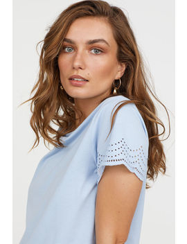 Shirt Mit Broderie Anglaise by H&M
