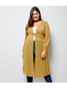 Curves Yellow Floral Print Tie Waist Kimono by New Look