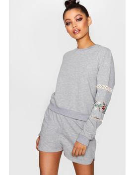 Kila Floral Embroidered Trim Lounge Short Set by Boohoo
