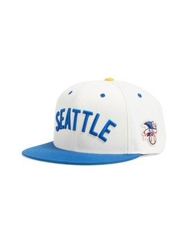 United Mlb Snapback Baseball Cap by American Needle