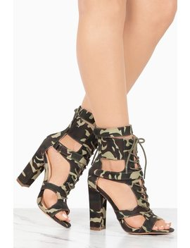 Own The Game   Camouflage by Lola Shoetique