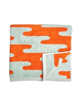 Slick Towel by Dusen Dusen