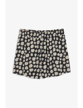 Soft Shorts by Monki