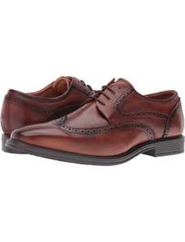 Heights Wingtip Oxford by Florsheim
